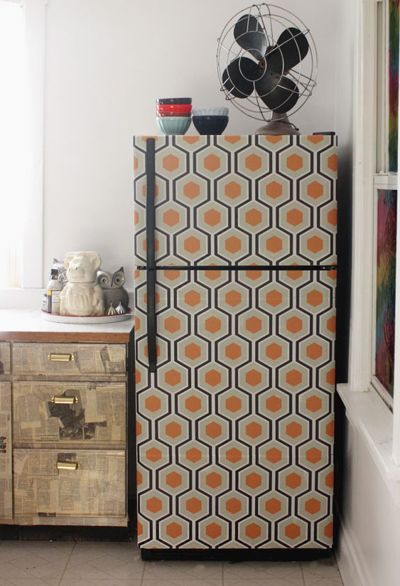 Wall paper the frige